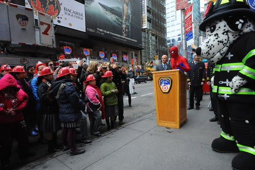 """Spider-Man publicly apologizes for """"Turn Off The Dark"""""""