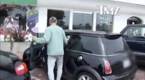 Tony Danza Shows Porsche Who's The Boss With MINI Door