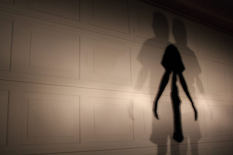 31 Shadow People Caught on Camera