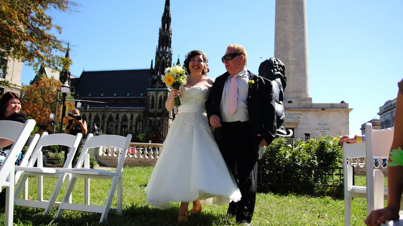 Book Weddings in Parks or Museums to Save Big (and Get a Tax Break)