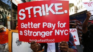 Economists Report Fast Food Industry Could Absorb a $15 Minimum Wage
