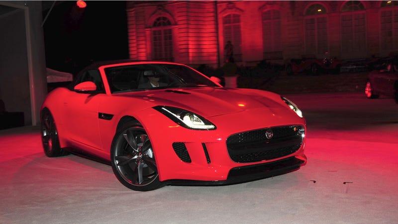 Jaguar F-Type: A 495 Horsepower V8-Powered Beauty