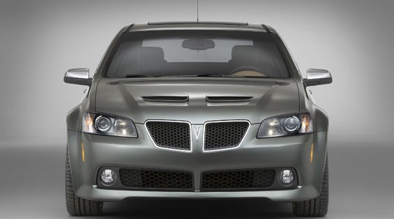 "Road And Track Gets An ""Exclusive,"" Dumps Pontiac G8 Press Shots On The Web"