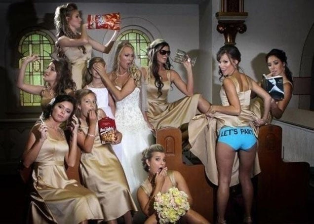 Bridesmaids Flashing Ass Is the Hot New Wedding Photo Trend