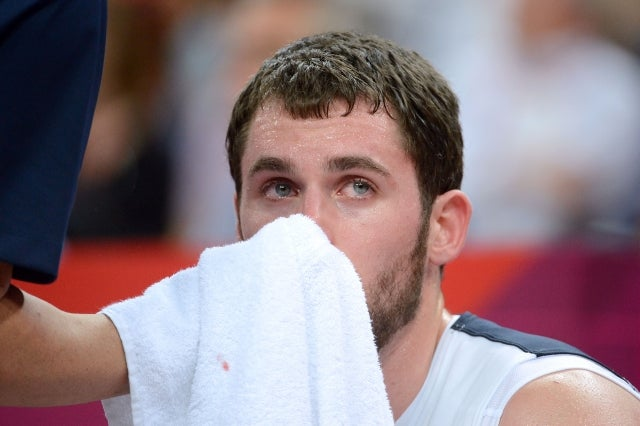Kevin Love Broke His Hand While Doing Knuckle Pushups