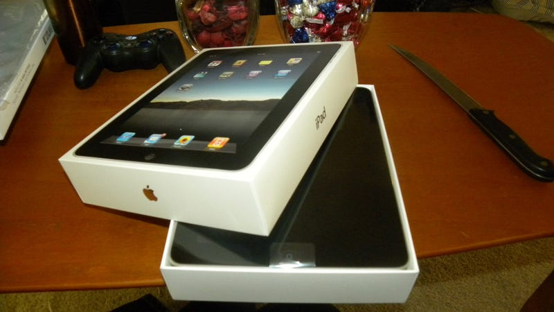 iPad Unboxing: You Will Believe A Man Can Open A Box