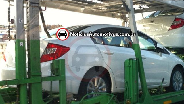 First photos of 2012 Honda Civic completely undisguised