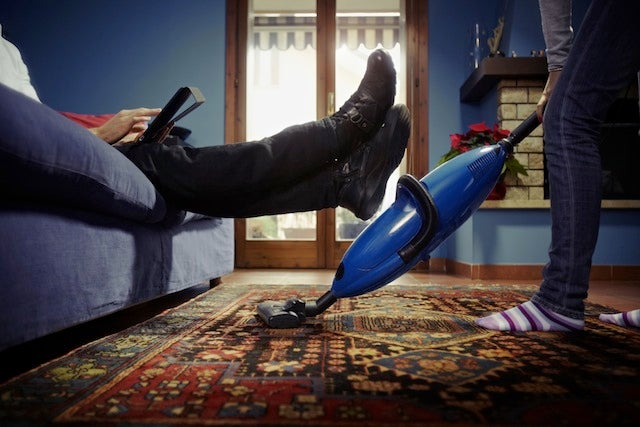 What The Division Of Housework Does To Your Stress Levels