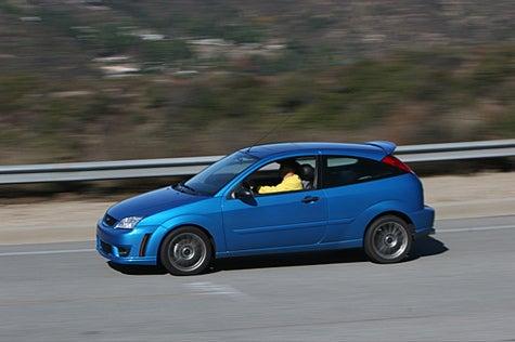Jalopnik Reviews: 2007 Ford Focus PZEV Part 3