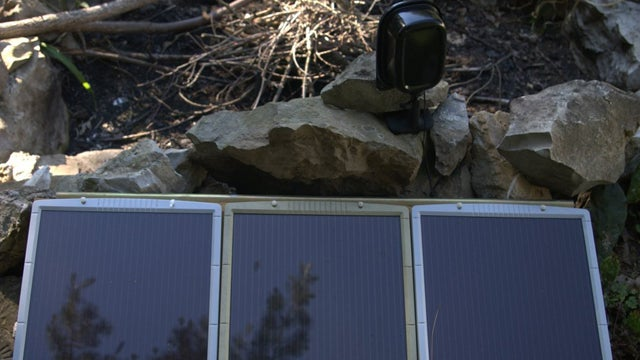 DIY Solar-Powered Security Camera Keeps Your Home Safe Without Wires