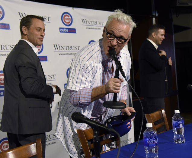 Joe Maddon Ordered A Round Of Drinks At His Cubs Press Conference