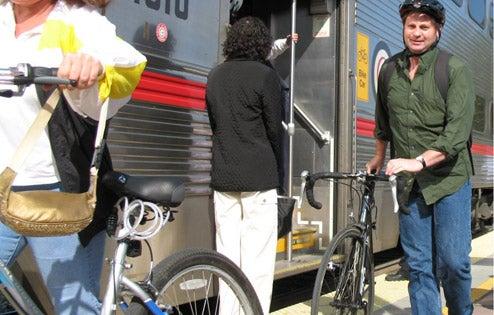 Microsoft kicks Amazon.com's spandex-clad butt in bicycling to work