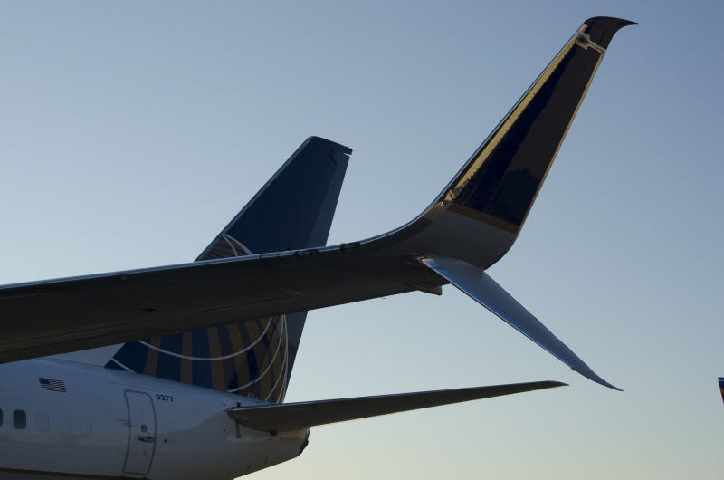 How These Simple Scimitar Winglets Make the 737 a Whole New Plane