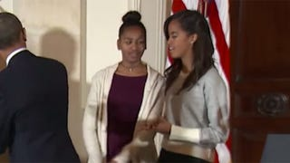 Sasha and Malia are Sooooo Done With Their Embarrassing Dad