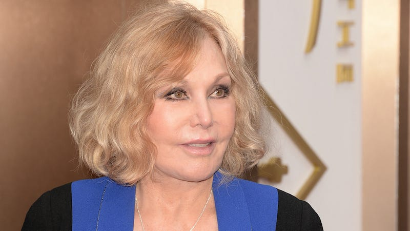 Kim Novak Calls Out the Haters with an Open Letter