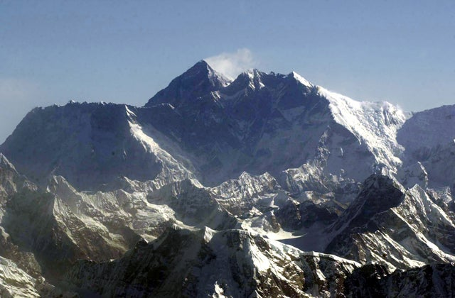 Nepal Agrees to Remeasure Mount Everest