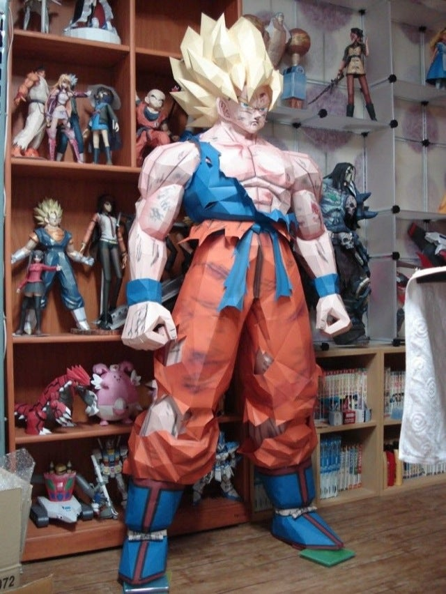 Life-Sized Dragon Ball Z Papercraft Is Over 9000!