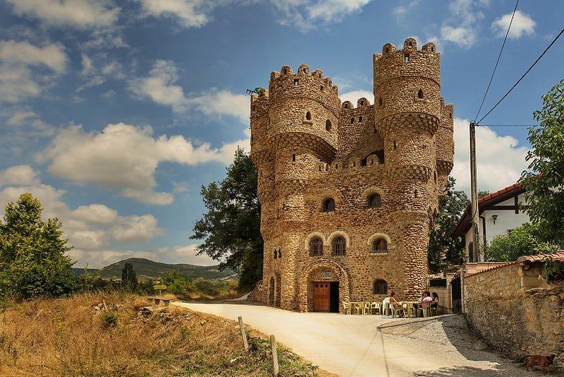 Increíbles castillos construidos por una sola persona