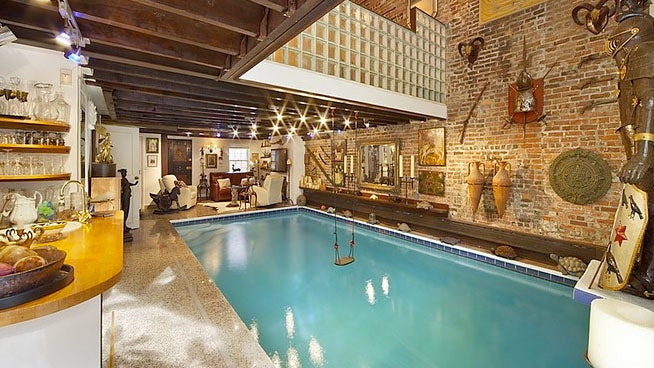 These Manhattanites Have a Pool in Their Living Room