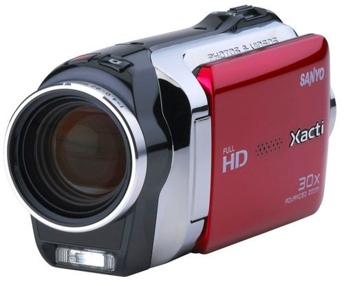 Sanyo's New Xacti Cams Ditch the AVCHD, Keep Getting Slimmer and Slimmer
