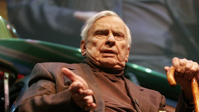 Gore Vidal's New York Times Obituary Has Some of the Best Corrections Ever