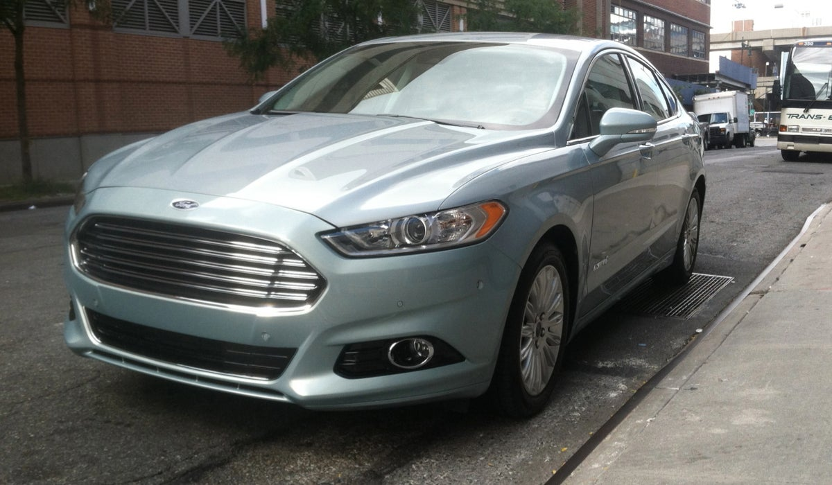 Ford Fusion Hybrid Looks Like An Aston Martin And Isn T