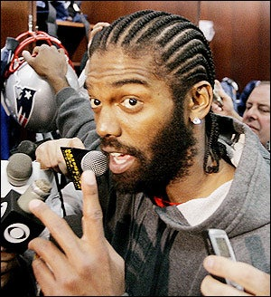 Randy Moss Tells Jets That Patriots Are 'Still The Team To Beat.' That Seems Wise