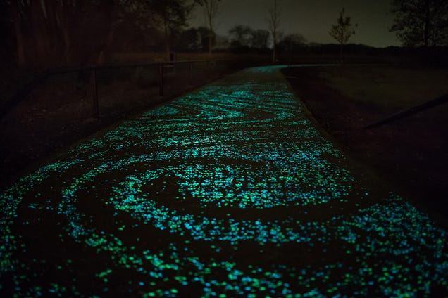 The World's First Glow-in-the-Dark Bike Path Is a Ghostly Green