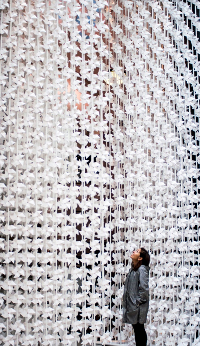 This Wall of Paper Pinwheels Turns Air Into Art