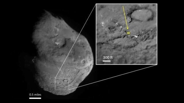 Stardust probe sifts through the remains of a collision between comet and machine