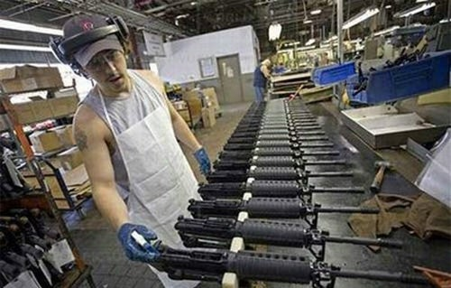 Miniguns In The Desert: How Video Game Guns Are Made