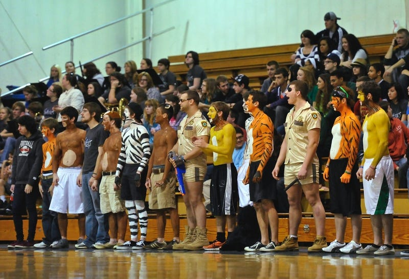 If You're From That Ohio Town Overrun By Wild Animals, College Hoops Fans Will Never Let You Forget It