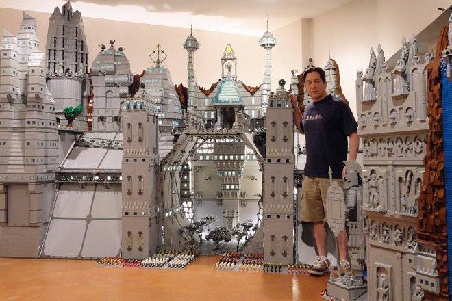 Lego Fan Creates 250,000-Brick 'Garrison of Moriah'