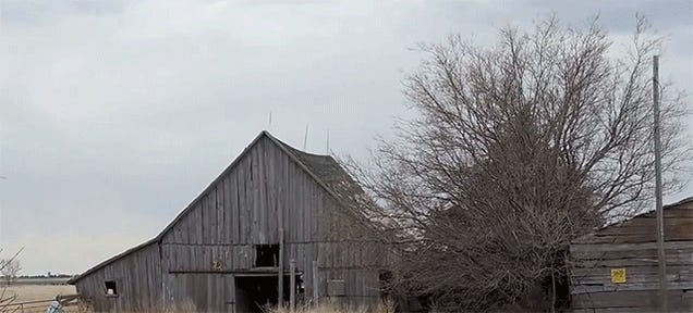 Watch a Barn Get Turned to Toothpicks by 164lbs of Tannerite