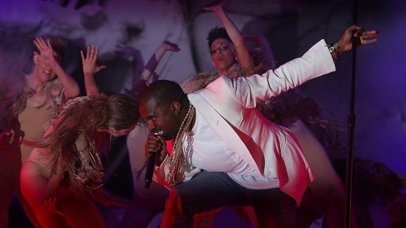 Kanye West Preparing a Big Call of Duty Concert