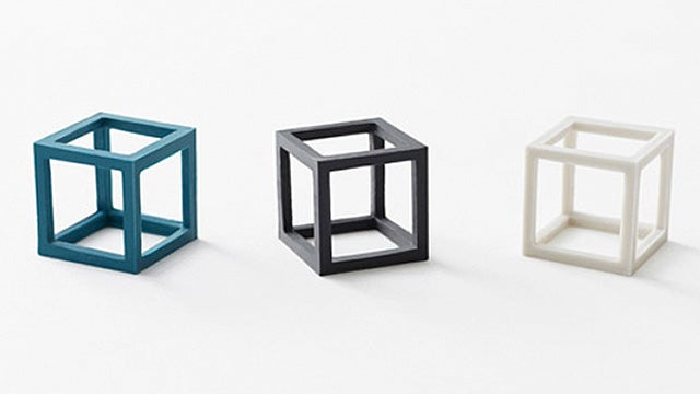 Elastic Cubes Take Rubber Bands Into the Third Dimension