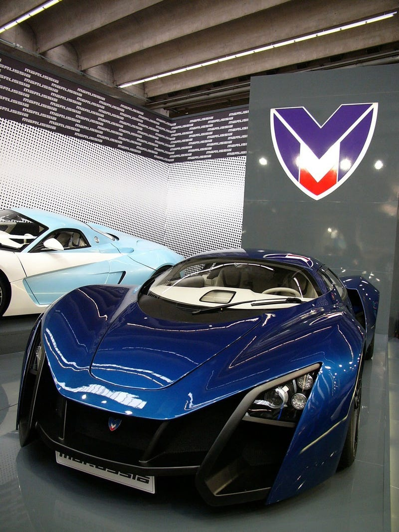 Marussia B2: Live Photos