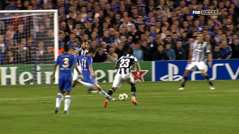 Oscar Put Chelsea Up 2-0 On Juventus With One Of The Most Marvelous Goals You'll See From Anyone, Anywhere