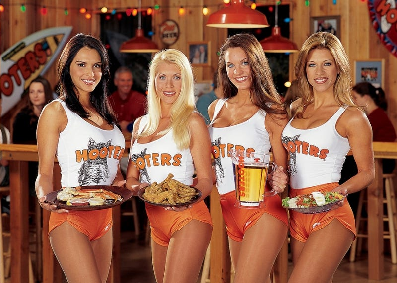 Hooters Vs. Canz in Typical Long Island Business War