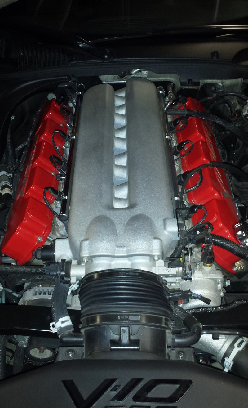 Think The Mazda Miata Is A Good Deal? Try This 500-HP Dodge Viper Instead