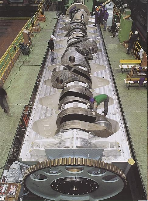 The World's Biggest Crankshaft