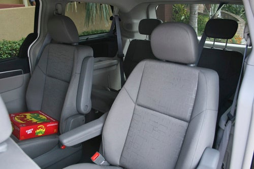2009 VW Routan SE, Interior