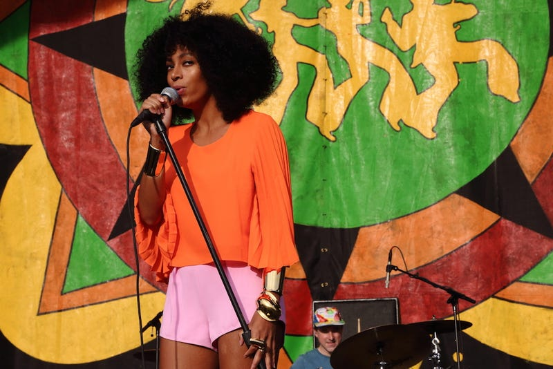 Solange Frustratingly Quiet About Jay Z Elevator Scuffle