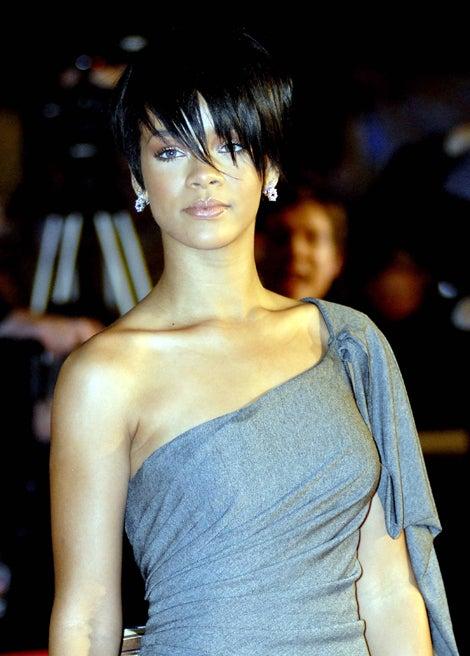 Rihanna & Her Haircut Work The Red Carpet
