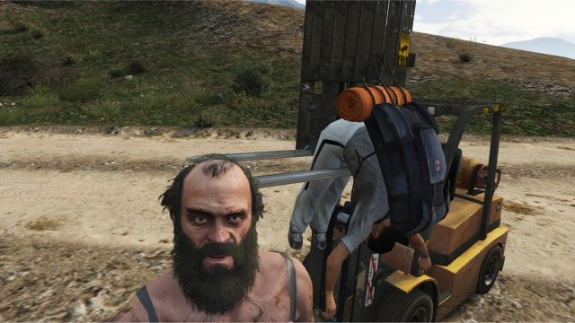 GTA V's Trevor Sure Likes Forklifting Some Weird Things