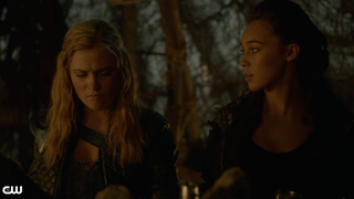 Same-Sex Sexual Tension Actually Pays Off On <i>The 100</i>