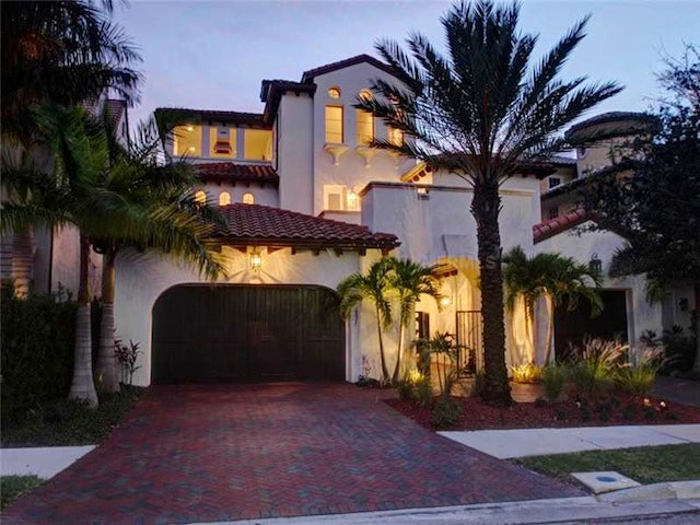 Rob Gronkowski Is Flipping His Tampa Party Mansion
