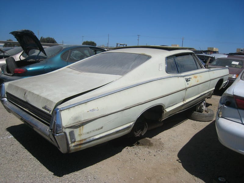 Two Doors And A Fastback Can't Save This Once-Sporty 1968 Mercury Monterey From The Crusher!