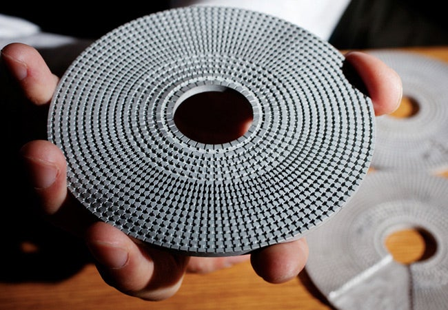 This Disc Makes Objects Invisible to Sonar