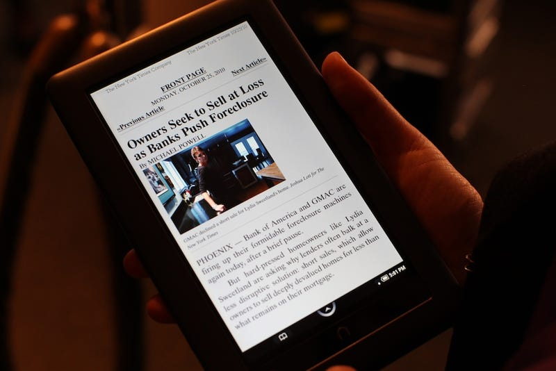 Nook Color: Barnes & Noble's Full-Color Tablet With Apps, Mags and Books for $250